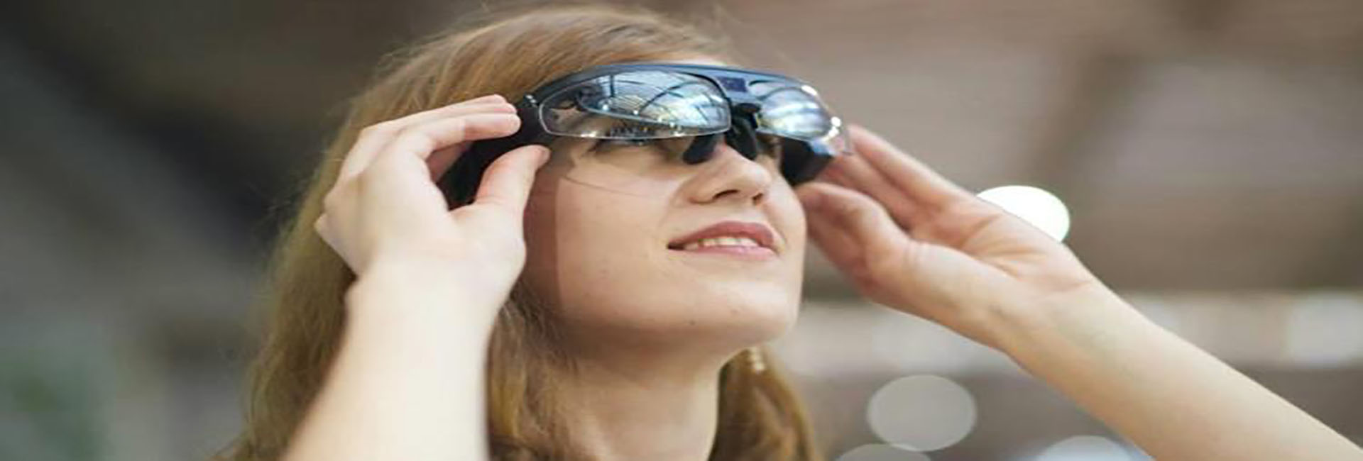A worldview through smart glasses